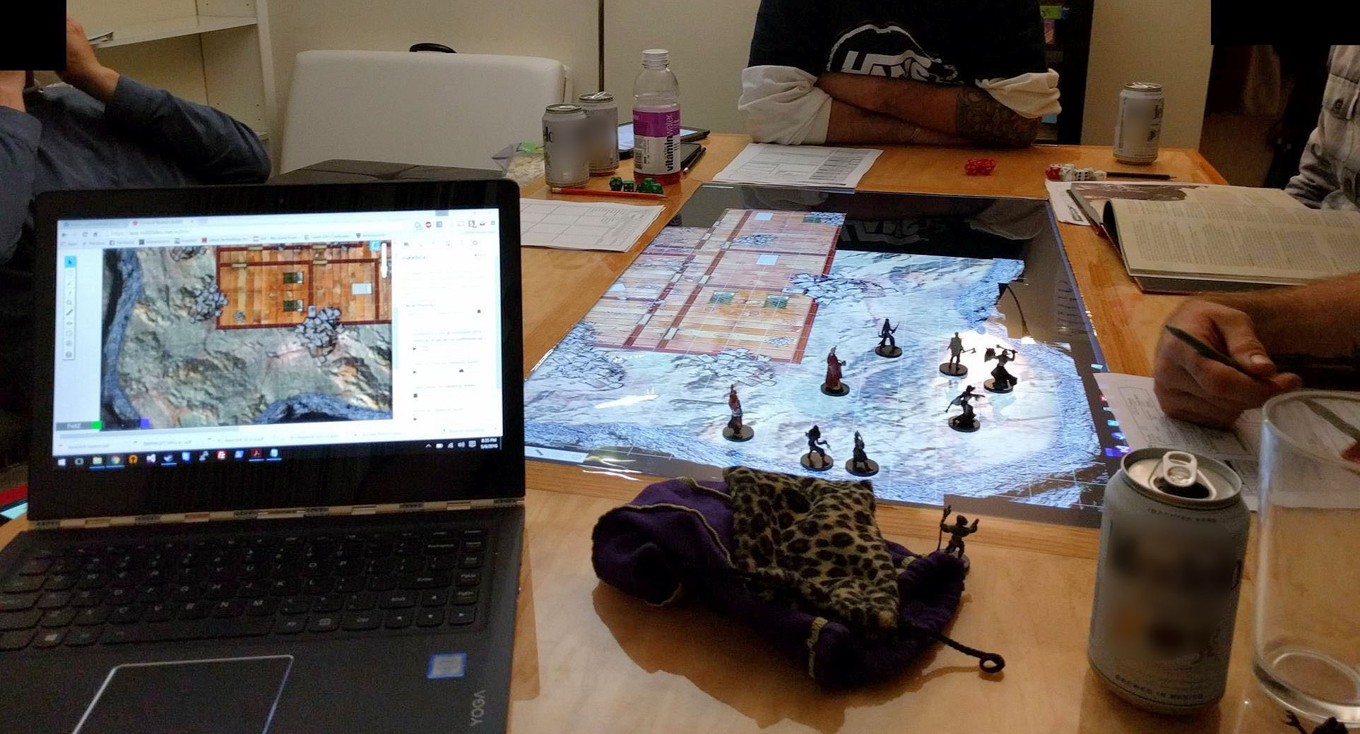 File:Gaming table.jpeg